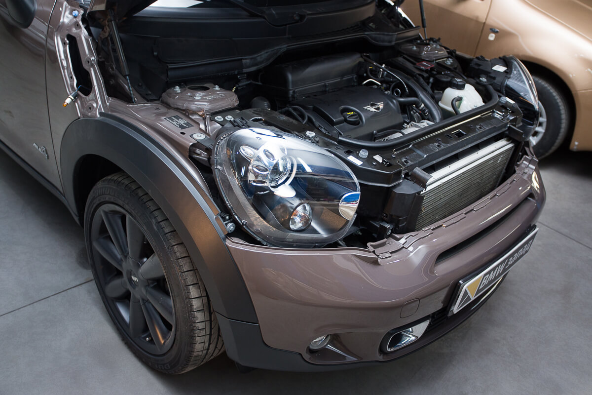под капотом Mini Cooper S Countryman All4